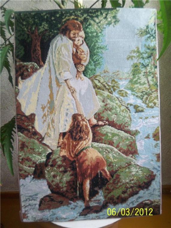 """Моя вышивка """"Бог спасает детей"""""""