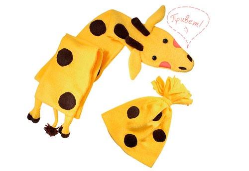 Комплект для малыша: шапка и шарф