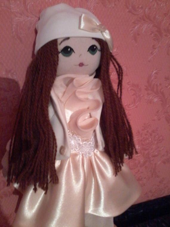 Очередная кукла большеножка Алсу