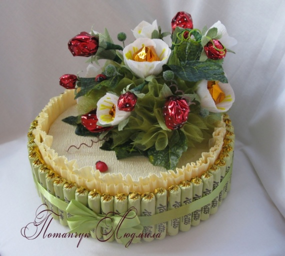 """Конфетный торт """"Земляничное счастье"""""""