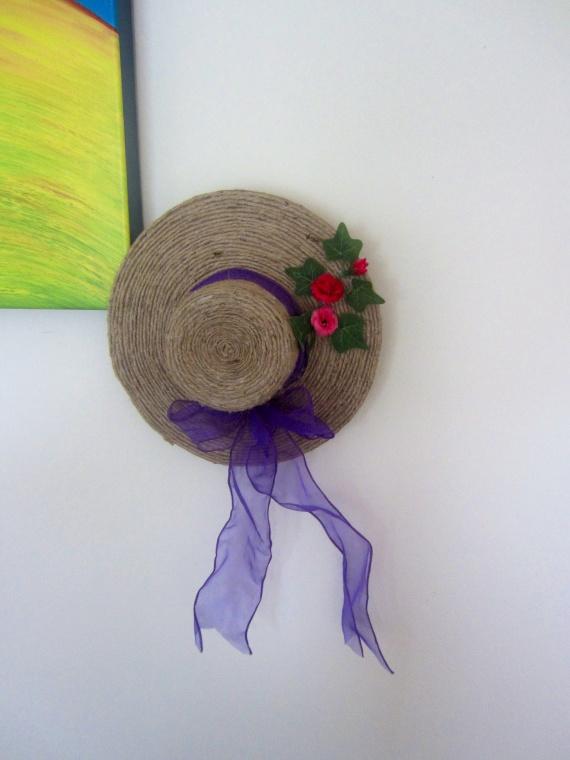 Оля-ля и дело в шляпе))))