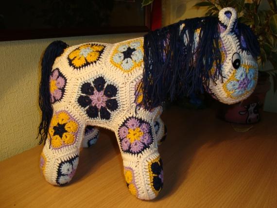Моя новогодняя лошадка