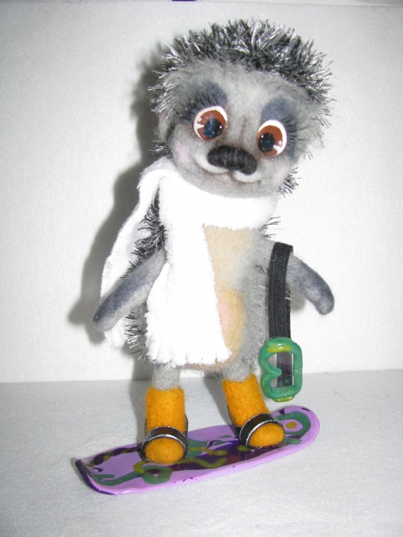 Ёжик-сноубордист / Валяние
