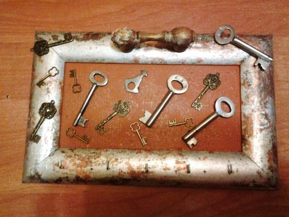 Ключики к ключикам...каждой вещи свое место.