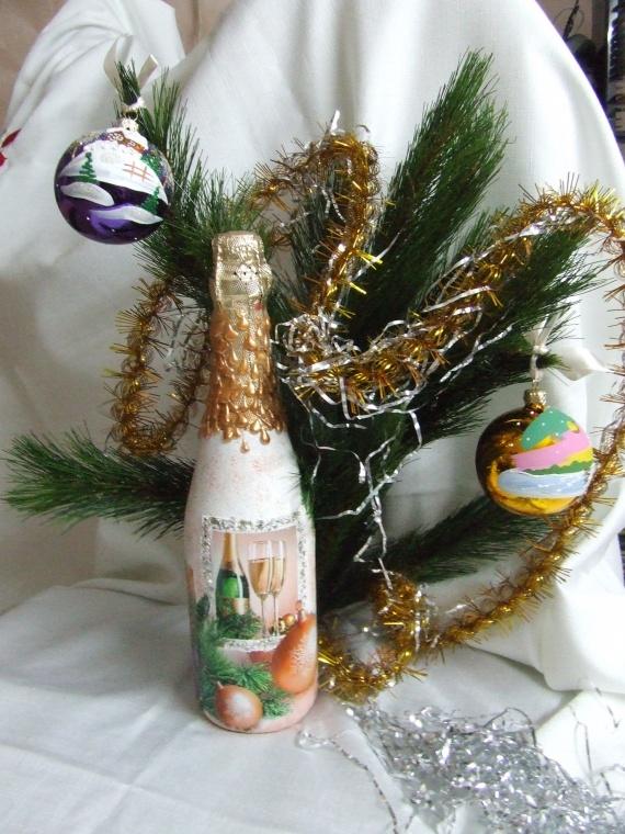 А у меня тоже Новогоднее шампанское.