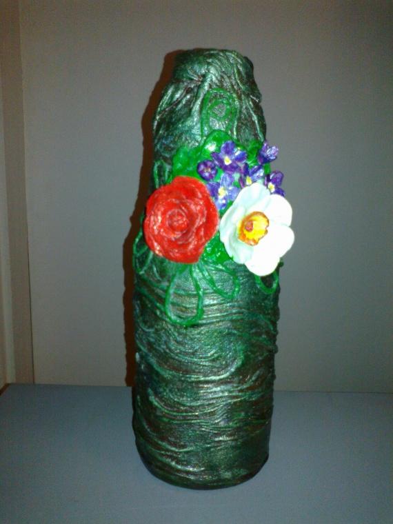 вазочка из бутылки