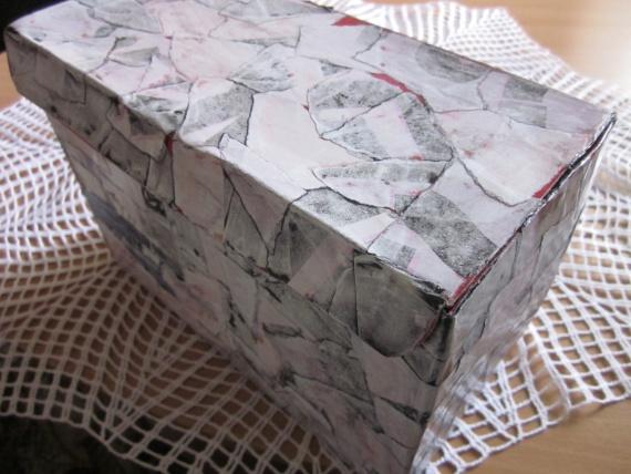 Коробка - имитация камня
