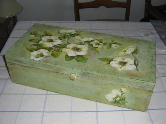 И ящичек для документов, сделан в подарок подркге