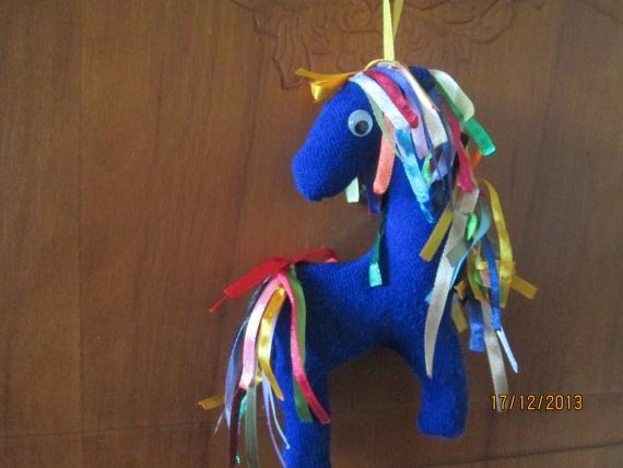 Синие лихие коняшки