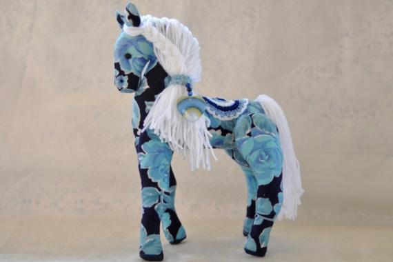 Году синей лошади посвящается