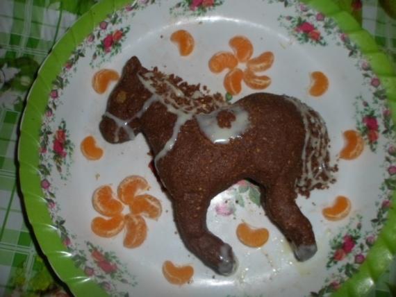 Вкусная лошадка)))