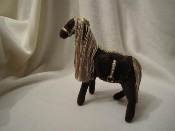 Лошадка Люси