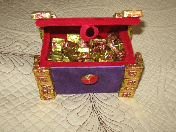 сундук с золотом для маленького пирата