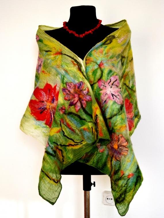"""Летний шарфик -палантин """"Цветочная полянка"""""""