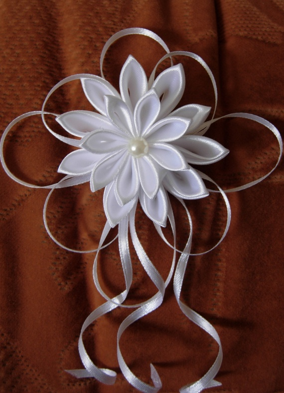 Из ленточек: канзаши и цветы