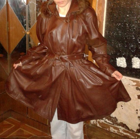 Переделка кожаного пальто.