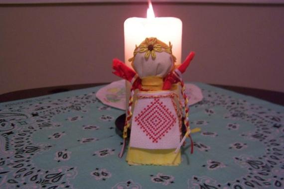 Кукла со свечой