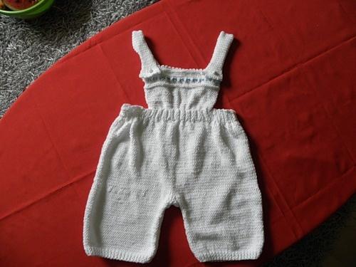 Шортики и шапочка для малыша.