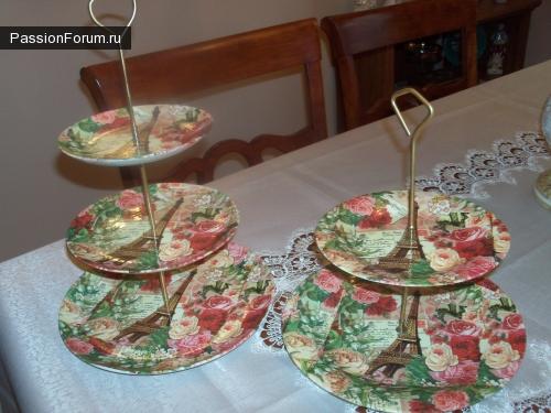 Французская тема- подставки под десерт и футляр для очков