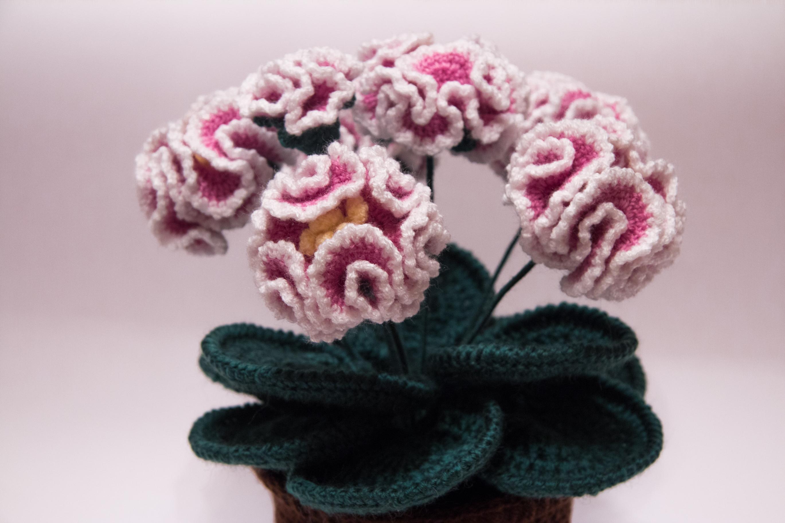 Цветы вязанные крючком со схемами и описанием фото 213