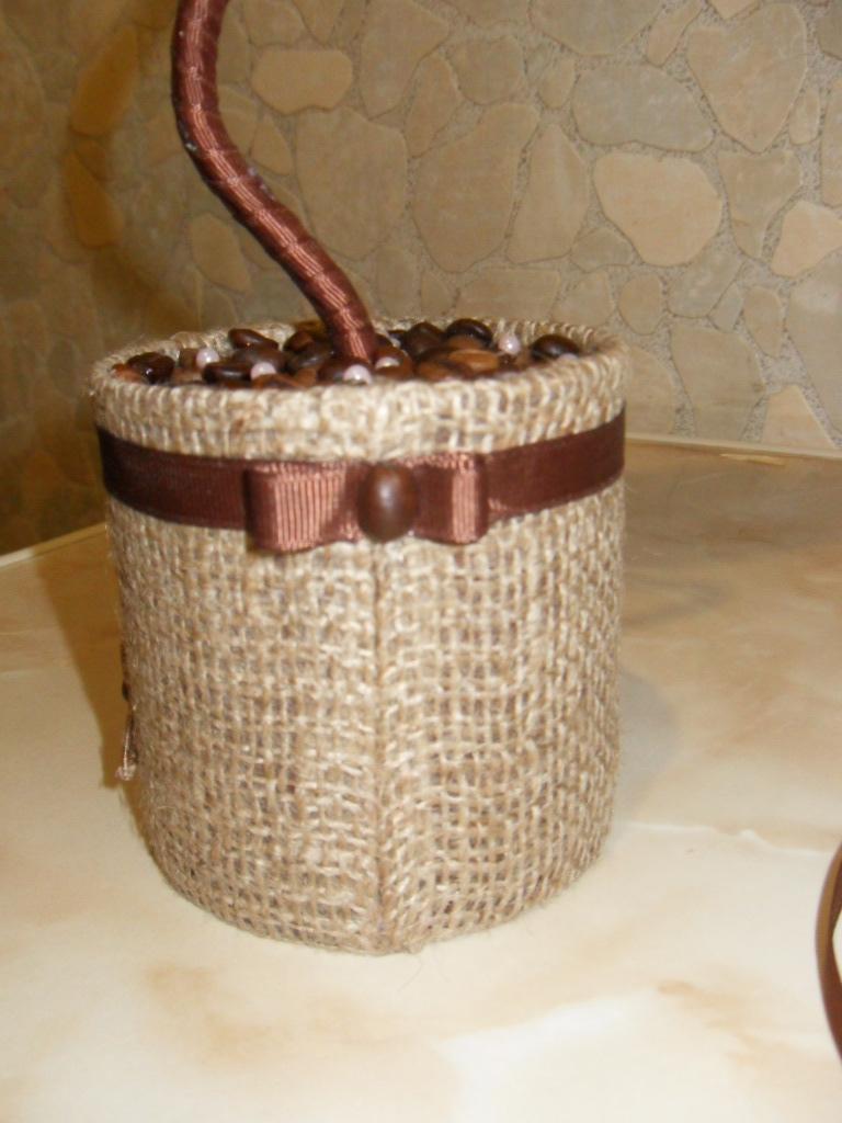 Банка из под кофе ваза своими руками