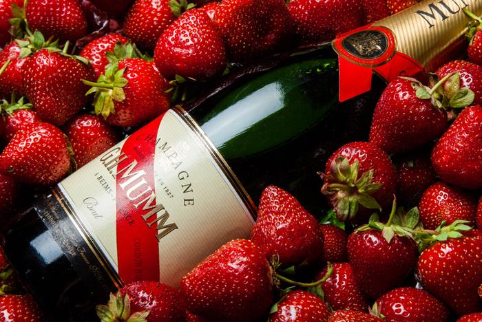 Открытки ягоды с днем рождения