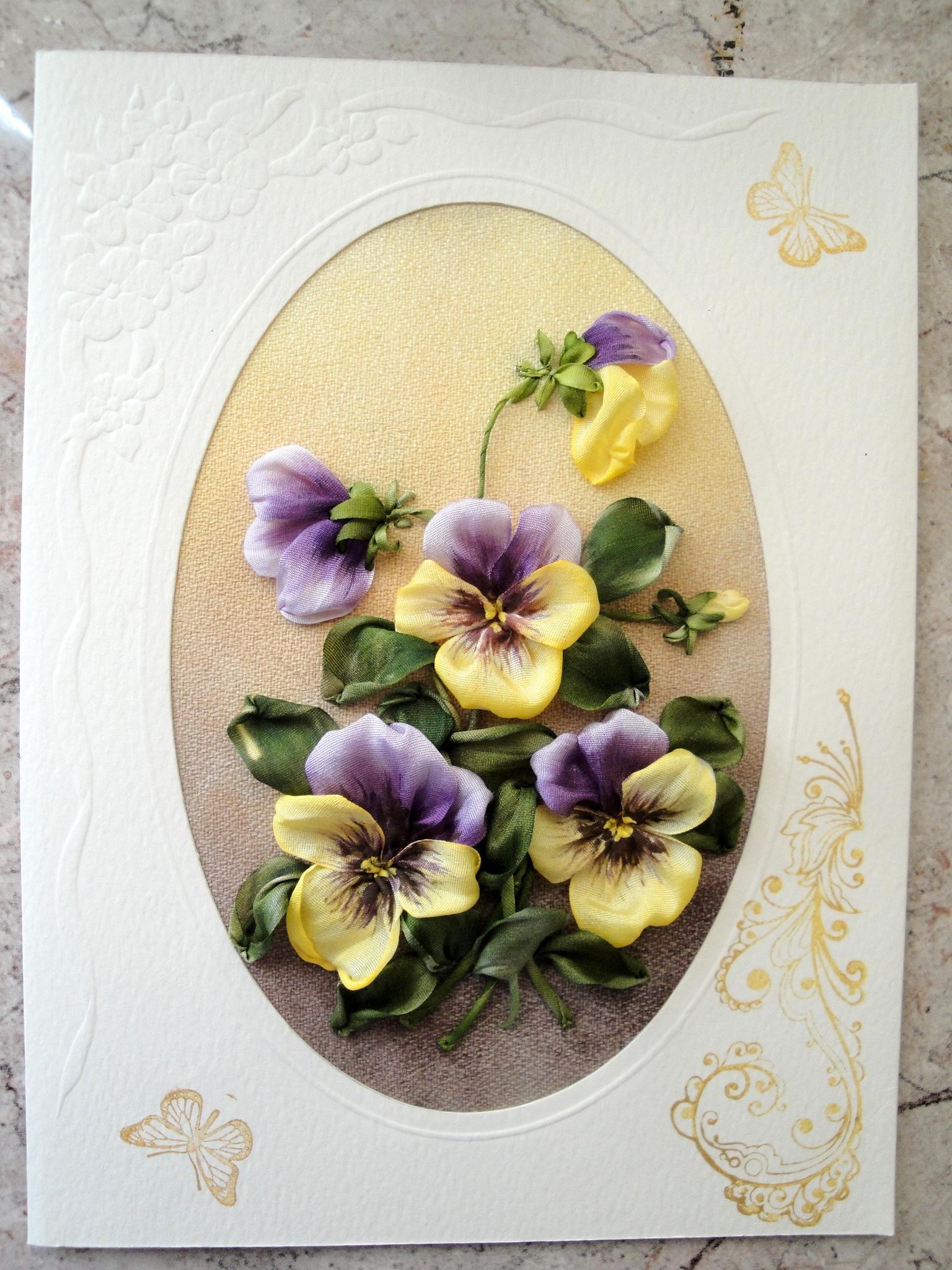 Открытка с цветами из лент