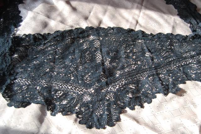 бабушкина шаль для посещения церкви(конец 19-начало 20 века)-вологодское кружево