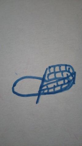 Далее делим вязание на 2 части. И вяжем по кругу вверх 2 ряда (15)