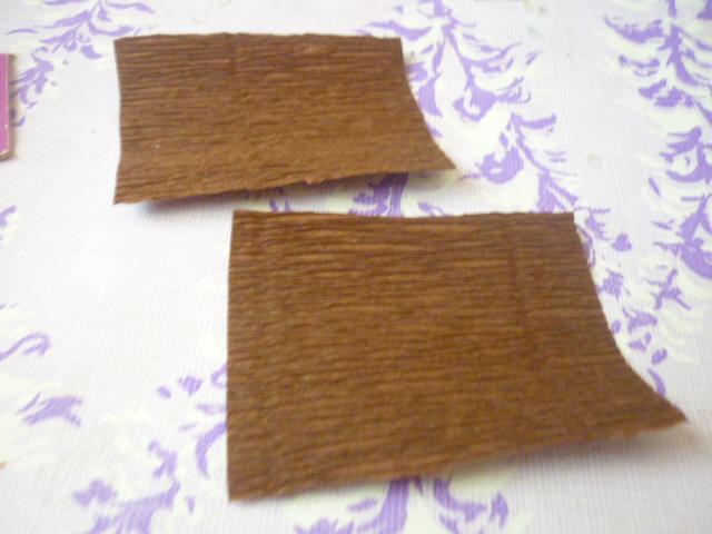 нарезаем 8 заготовок 7,5 *6 см для оборачивания шоколадок