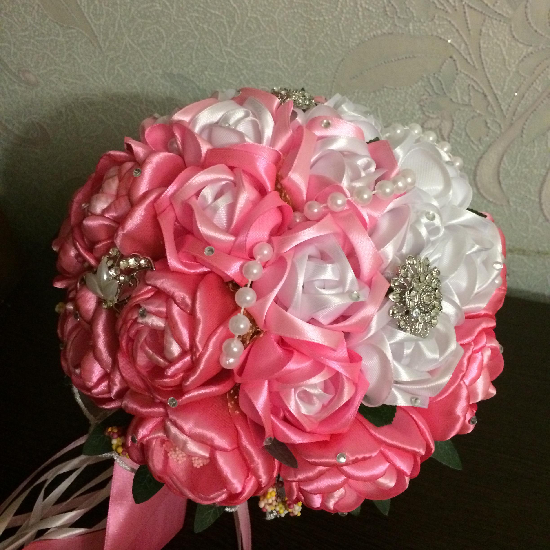 Цветов подарков, букет для гостей невесты из атласных лент фото