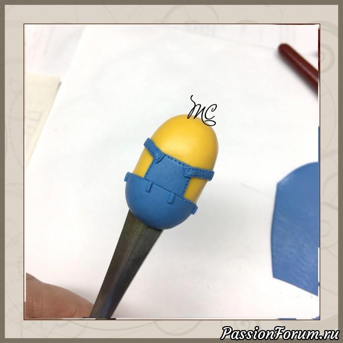 Маленькие, аккуратные детали, такие, как швы и антапки, украшают изделие